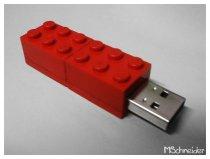 Lego_Thumbdrive_by_m_schneider